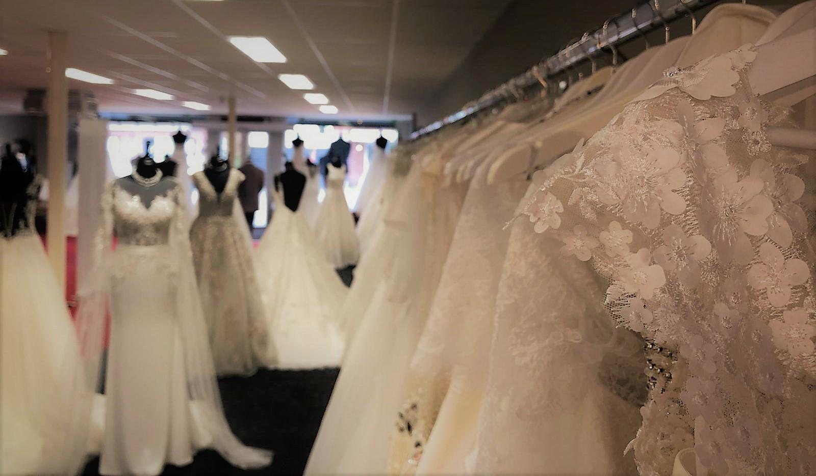 Bruidsjurken winkel C'est Moi